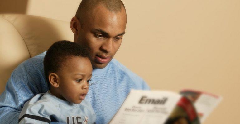 « Dialogue politisé » entre un père et son fils